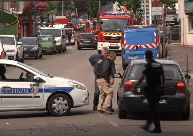 Un prêtre agressé au couteau en Belgique