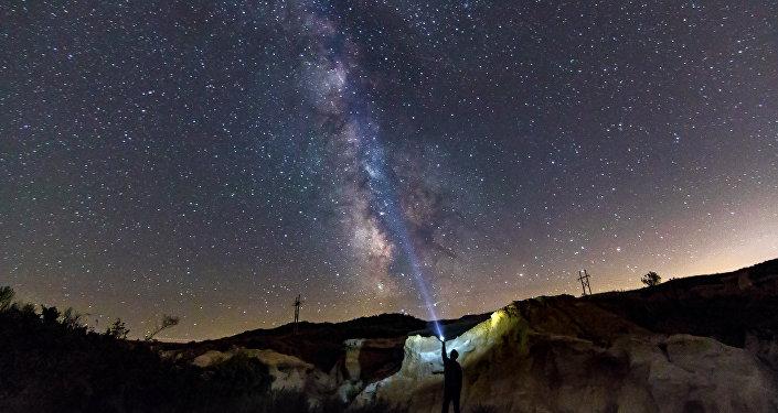 Ces étoiles de notre galaxie qui dansent la ronde à une vitesse vertigineuse