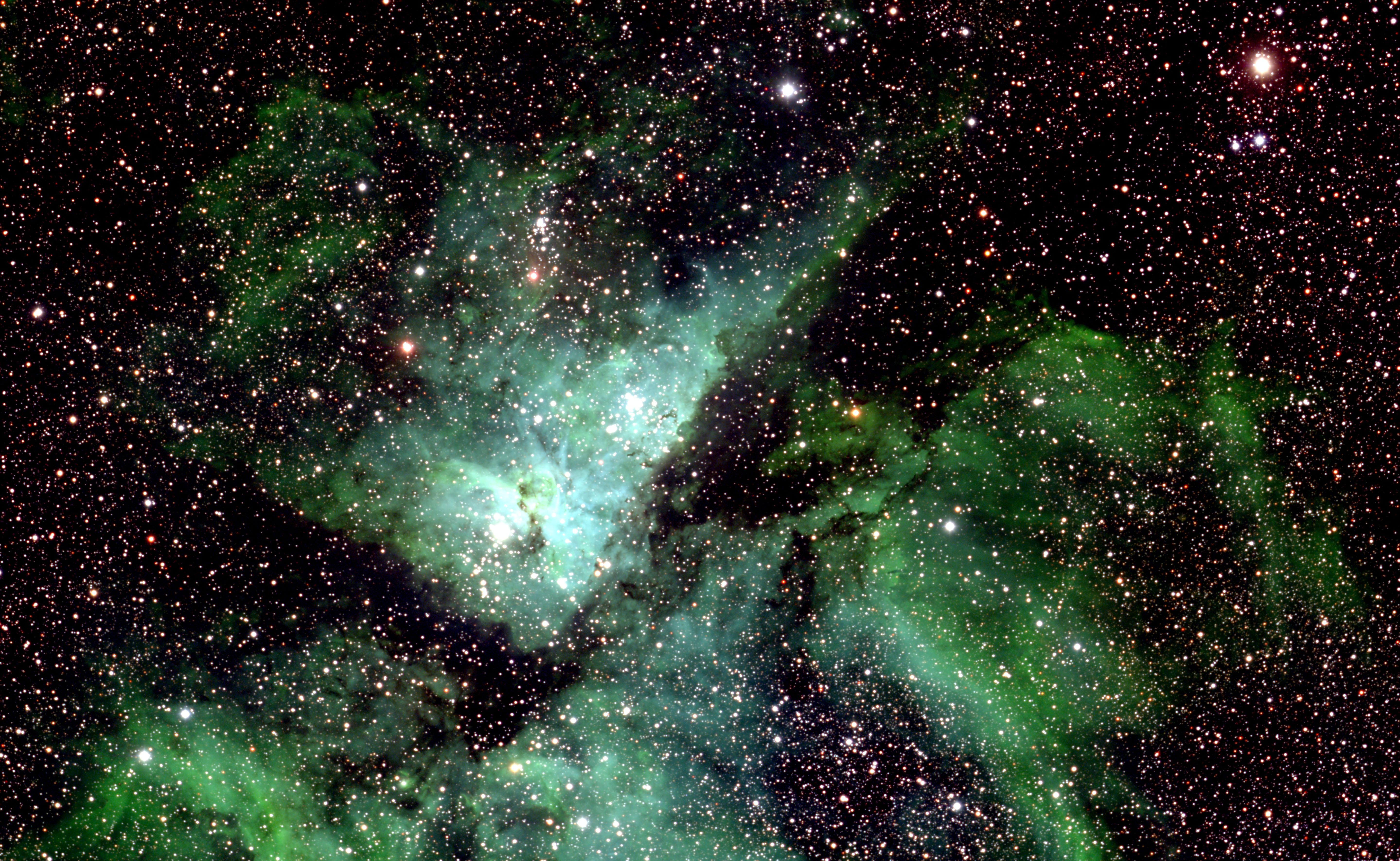 Le système stellaire Eta Carinae, dans la nébuleuse de la Carène
