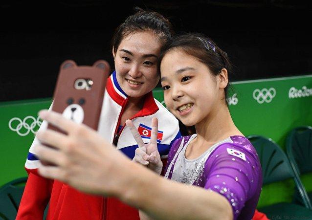Les deux gymnastes coréennes