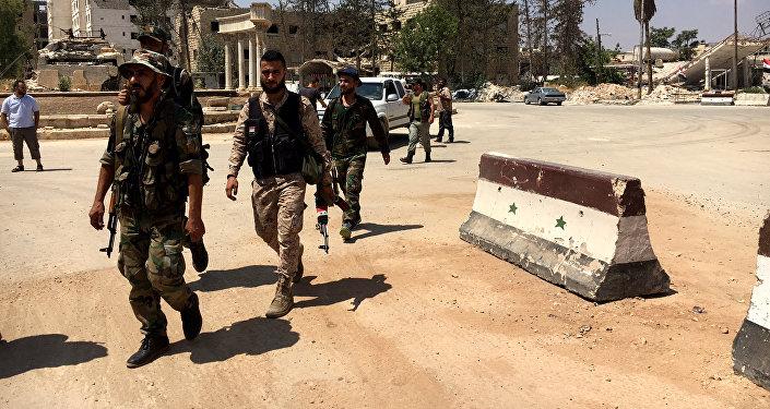 L'armée syrienne et l'aviation russe empêchent des terroristes d'atteindre Alep