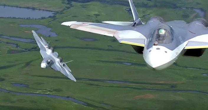 L'avion de chasse T-50 PAK FA (Futur Système Aéronautique de l'Aviation du Front).