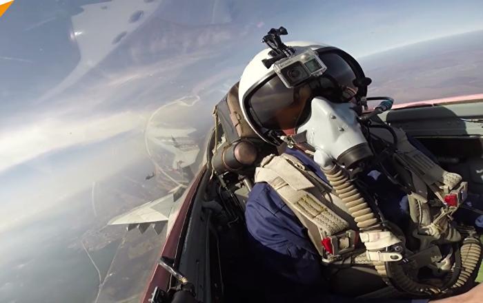 Combat aérien depuis le cockpit des chasseurs MIG-29