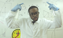 En guise de présentation, le prof leur chante du rap