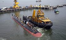 INS Kalvari, un de six sous-marins Scorpene est mis à l'eau à Mumbai, Inde