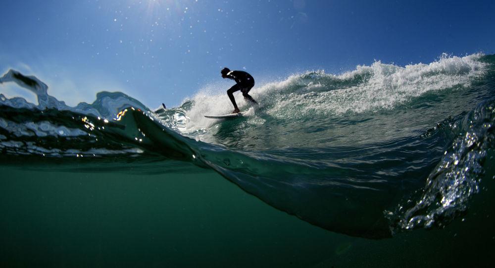 Le High-tech au service des surfeurs en quête de vagues toujours plus monstrueuses