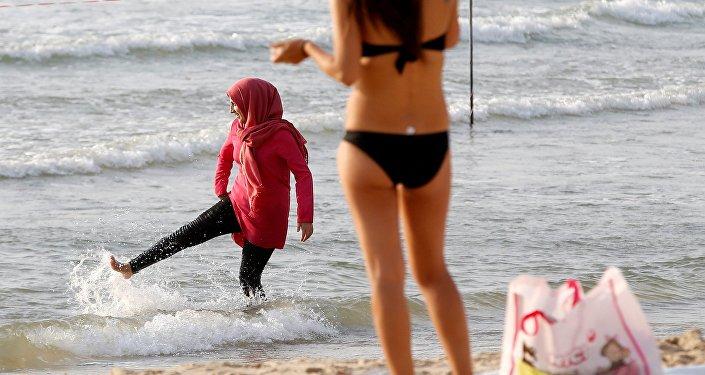 Les Marocaines répondent à ceux qui veulent les voiler de force
