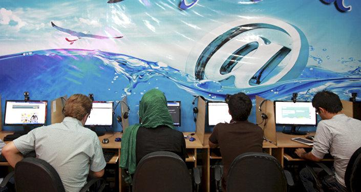 L'Iran lance son réseau national