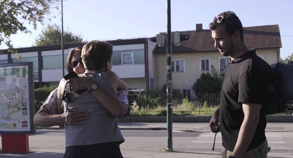 Un couple autrichien fait de cet hôte syrien un membre de sa famille