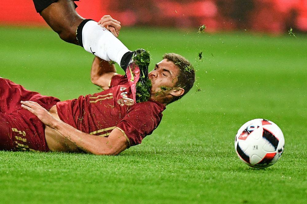 Le joueur de l'équipe russe de football Roman Zobnin lors d'un match amical face au Ghana