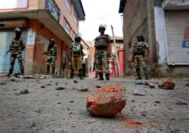 Les émeutes à Cachemire