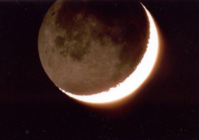 Des traces d'oxygène terrestre retrouvé sur la Lune