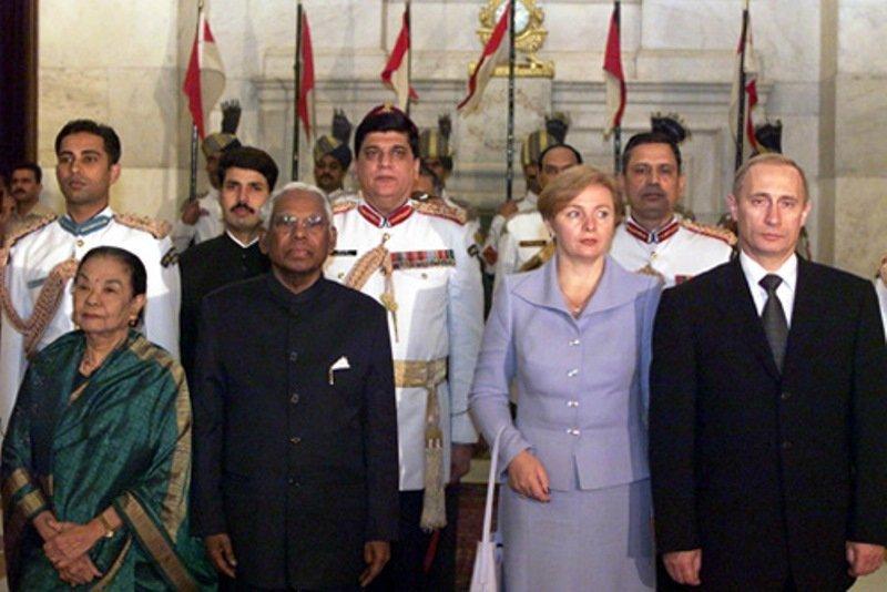 K. R. Narayanan lors d'une visite du président russe Vladimir Poutine en Inde, en octobre 2000.