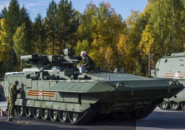 Le transporteur blindé lourd T-15