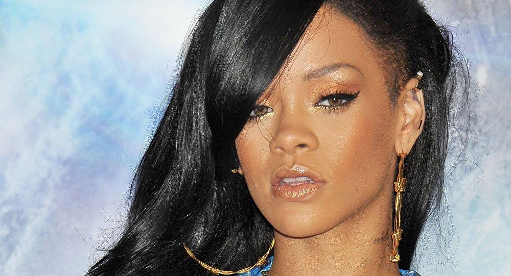 Rihanna nommée femme la plus sexy du monde