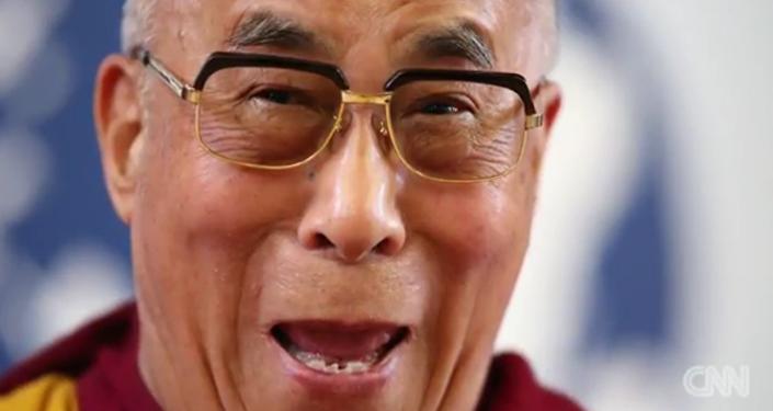 Quand le Dalaï-lama parodie Donald Trump