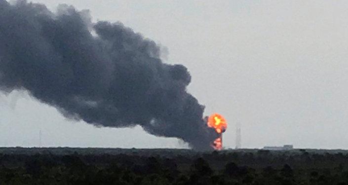 L'explosion de la fusée Falcon 9
