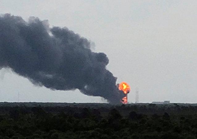 Lanceur Falcon 9: une technologie chère et inutile?