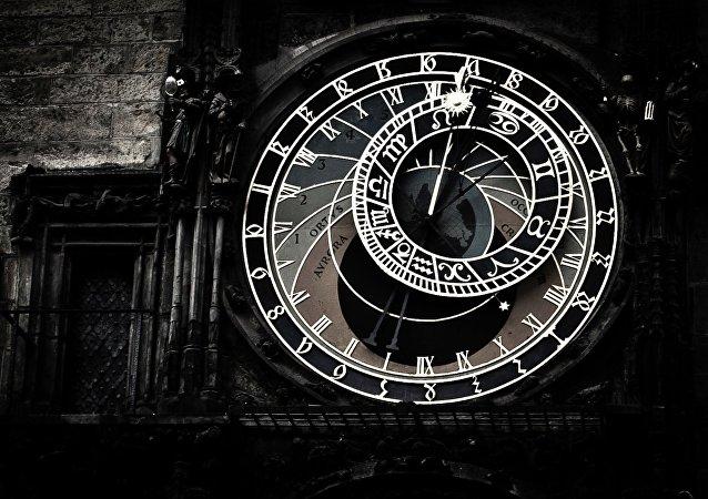 Patience! Les signes astrologiques restent à leurs places