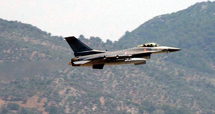 F-16 turc