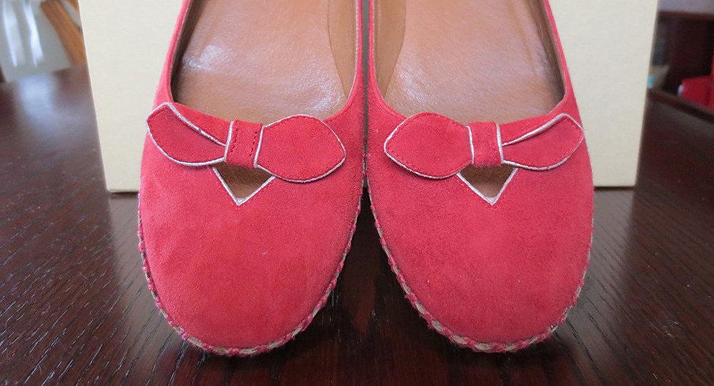Des chaussures avec des rubans