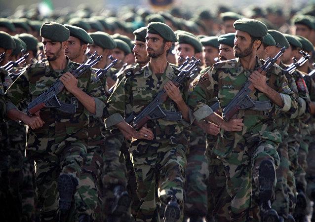 Le Corps des Gardiens de la révolution islamique lors d'un défilé (archive photo)