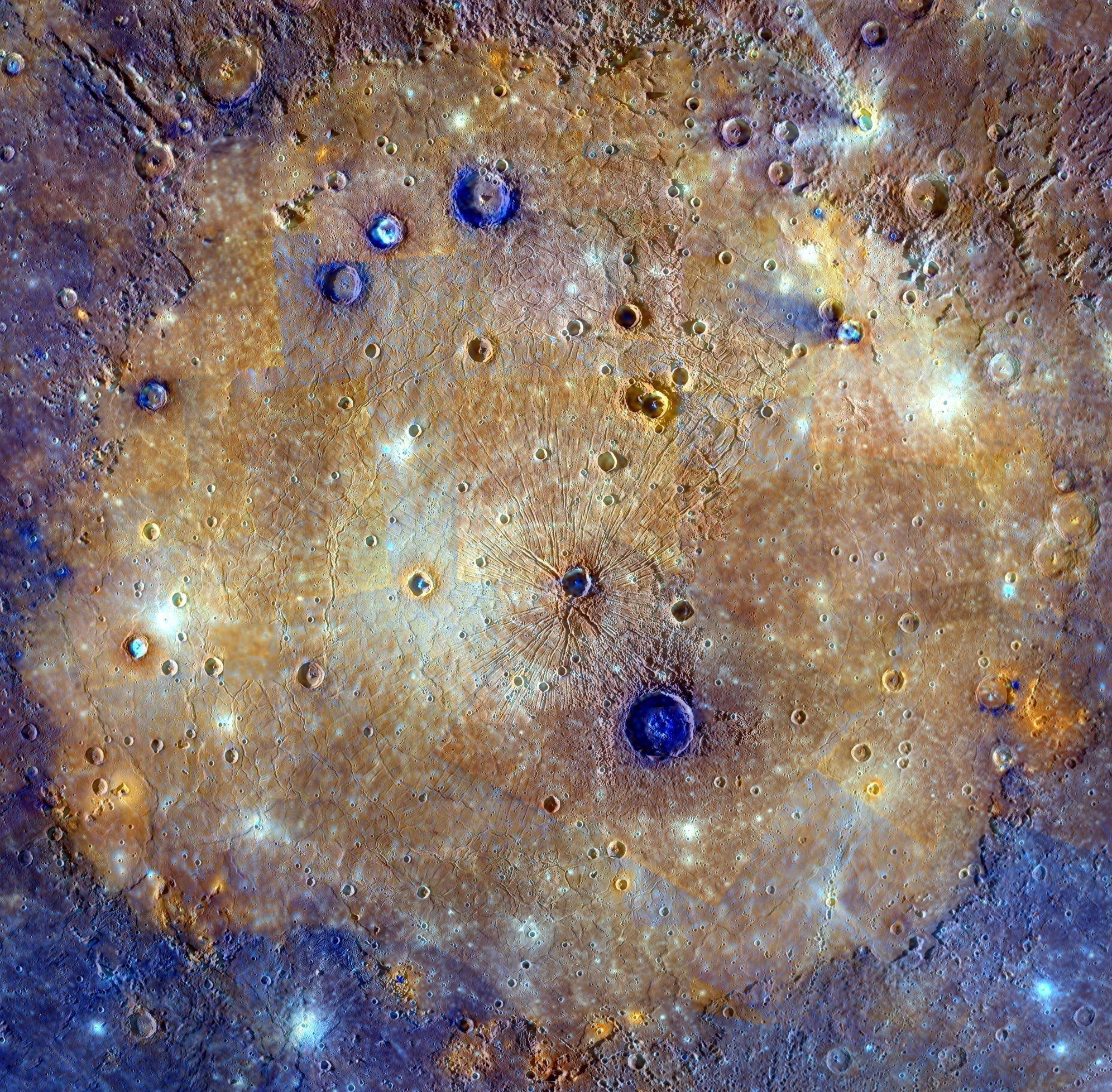 Le bassin Caloris dans la partie orientale de Mercure vu par la MESSENGER