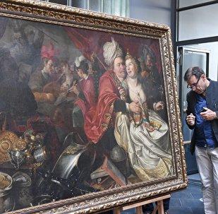 Retour triomphal aux Pays-Bas de cinq tableaux volés par l'Ukraine