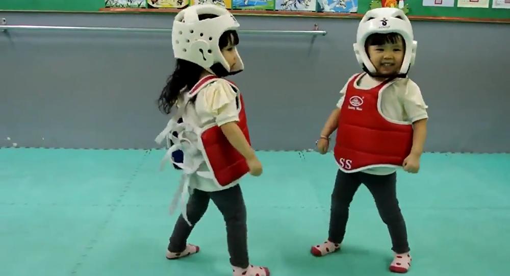 Le taekwondo pour les bébés, ça donne ça!