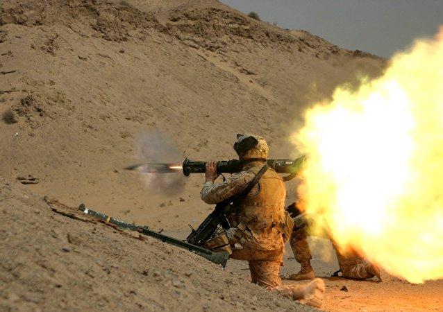 Tir d'un lance-roquettes US. Image d'illustration