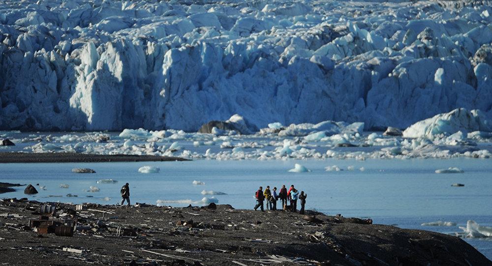Membres d'une expédition arctique sur l'archipel de la Nouvelle-Zemble. Archive photo
