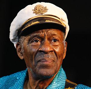 Chuck Berry sort son premier album depuis 38 ans!