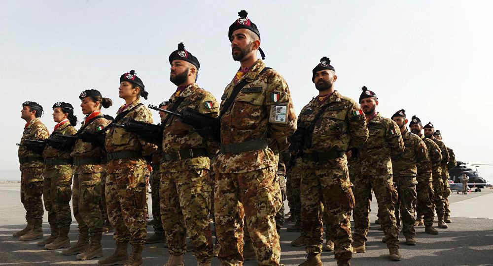 Soldats italiens.