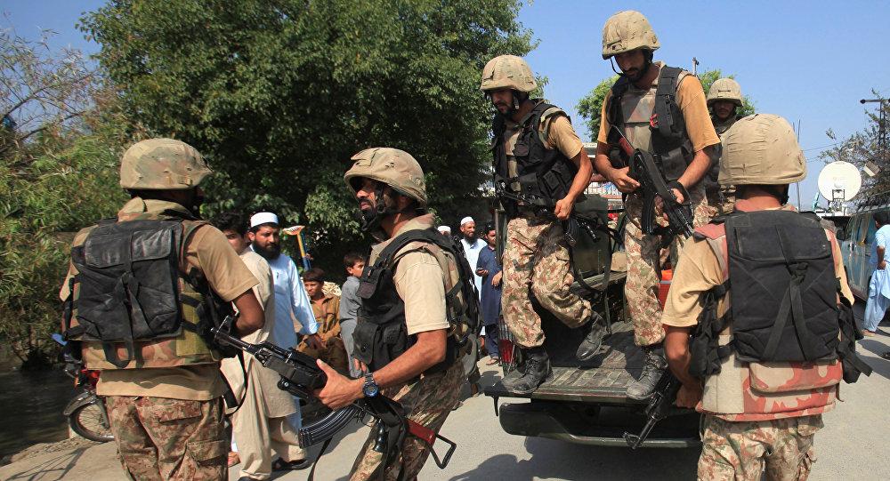 Des militaires pakistanais