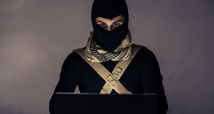 Террорист за ноутбуком