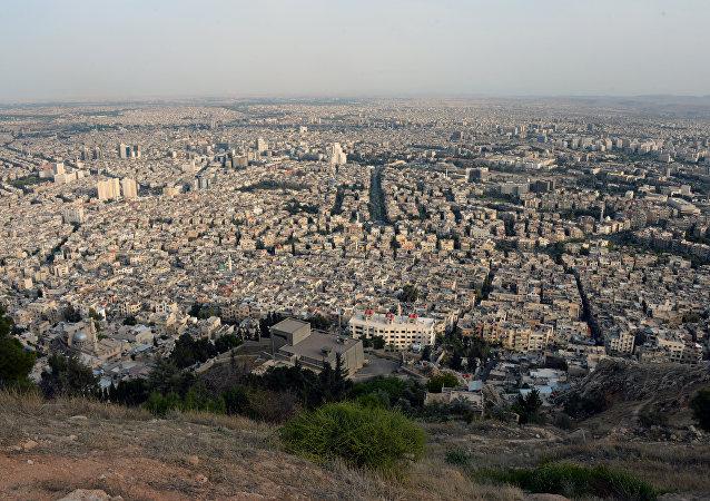 Des centaines de terroristes évacués d'un quartier de Damas
