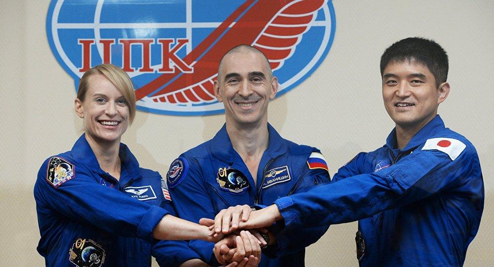 Trois astronautes atteris sur Terre