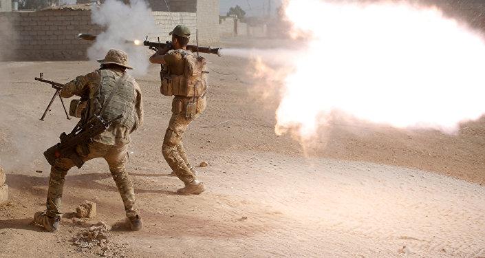 Des unités spéciales e l'armée irakienne à l'assaut de Mossoul