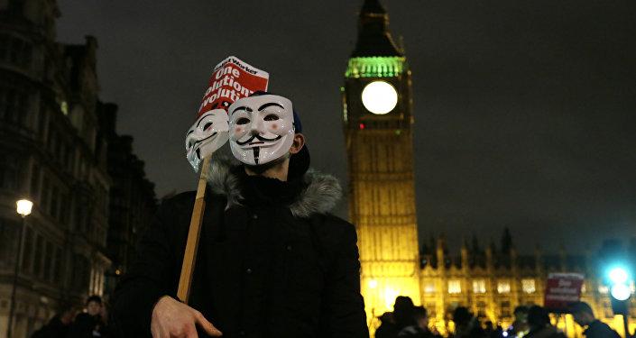 Marche du million de masques: les Anonymus tiennent leur action annuelle à Londres