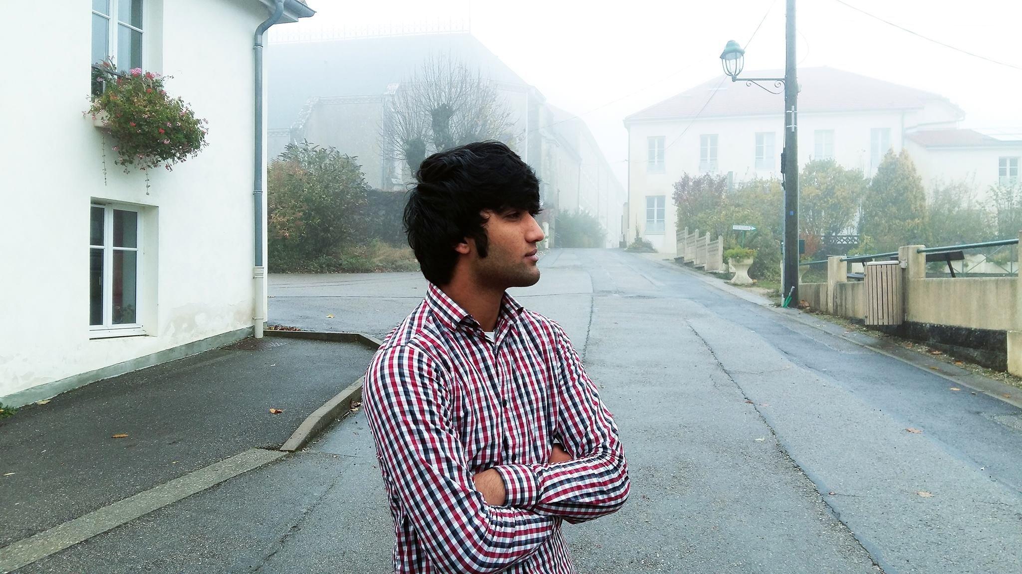Ikrim est décidé : il veut rester en France et s'intégrer vite : « Salut, ça va ?»