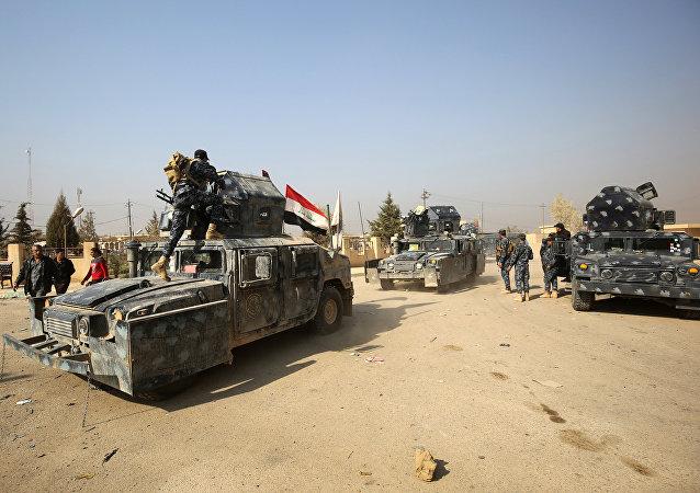 Les forces irakiennes patrouillent la région de Hammam al-Alil