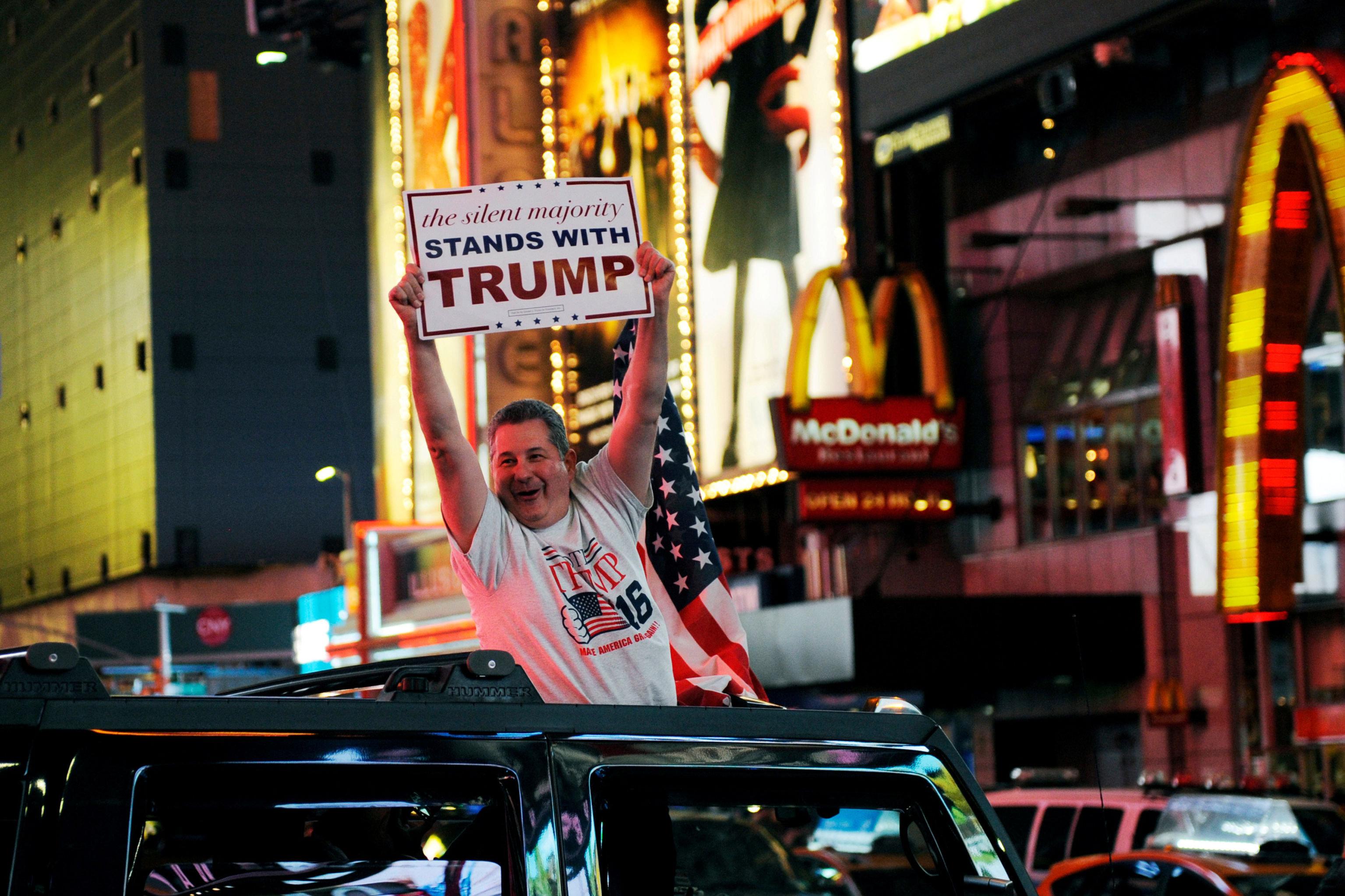 Les partisans du candidat républicain se sont rassemblés dans les rues de New York.