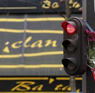 Commémoration des attentats du 13 novembre à Paris: témoignages d'un journaliste