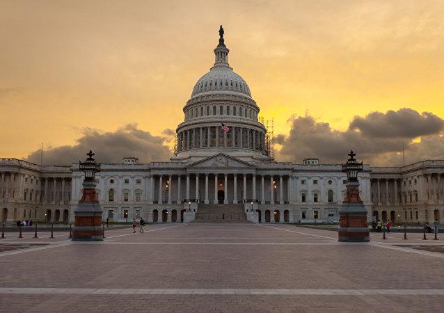 اوباما از کنگره درخواست کرد 11.6 میلیارد دلار برای مبارزه با تروریسم تخصیص دهد