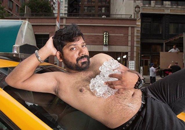 Le calendrier 2016 des chauffeurs de taxi de New York: du «sexy» et du bien cru