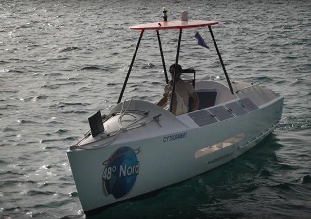 Un Français traversera l'Atlantique en pédalo contre le gaspillage alimentaire