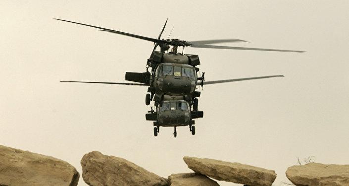 Des hélicoptères américains près de Mossoul