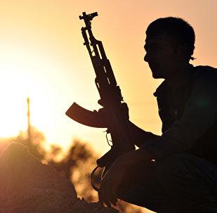 Un combattant des Unités de protection du peuple (YPG)
