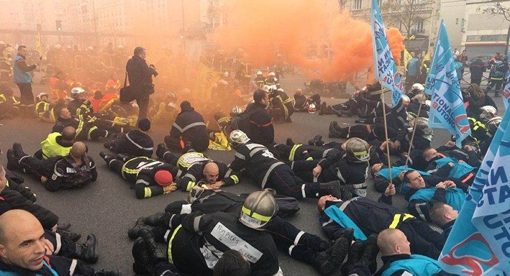 Manifestation nationale des pompiers : « le gouvernement n'écoute rien ! »