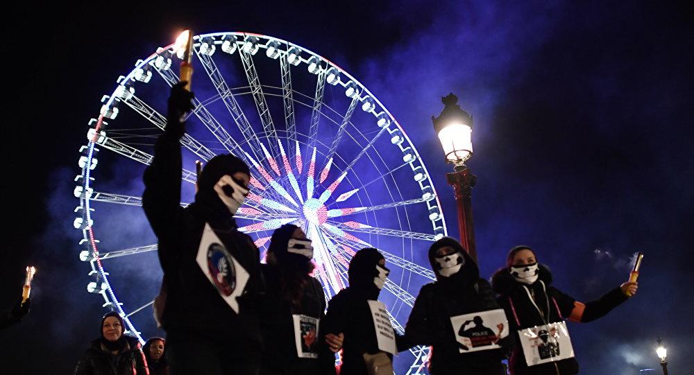 «Être policier tue!»: la grogne policière reprend d'assaut les rues de Paris